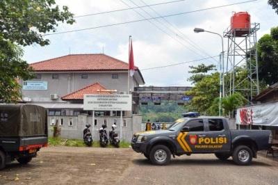 Cilacap, gateway to Nusakam Bangan island